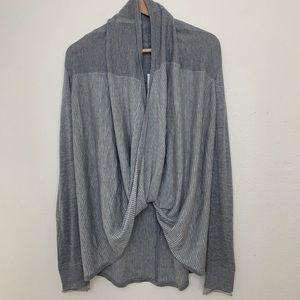 LULULEMON 12 Gray wrap sweater C